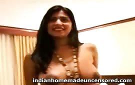 सुनीता भाभी की गरम चूत