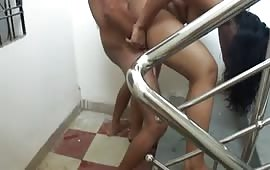 घोड़ी बनाकर खूब चोदा