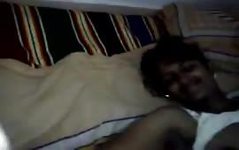 निशा ने अपने कपड़े उतार कर बनाया वीडियो