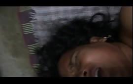 मल्लू आंटी की चुदाई की पोर्न मूवी