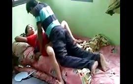 बगल वाली चाची की चुदाई की विडियो